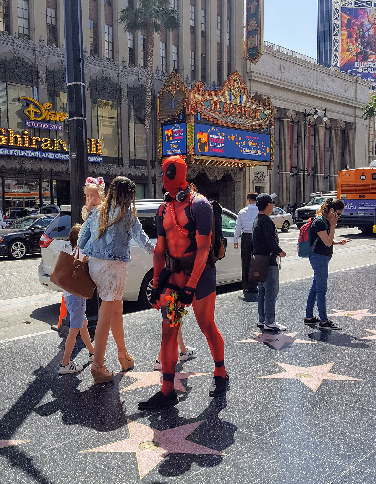 Deadpool à Hollywood Boulevard Maman Dream