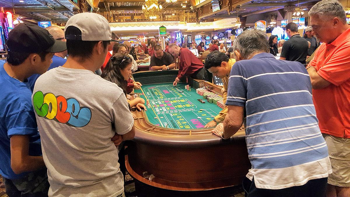 Table casino road trip Maman Dream